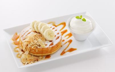 塩キャラメルとバナナのパンケーキ